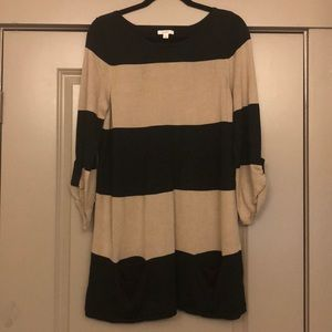 Black and camel 3/4 sleeve sweater dress
